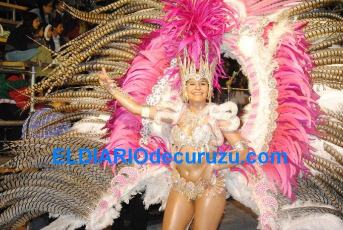 Con gran éxito y muchas donaciones se realizó la primera noche de Carnaval