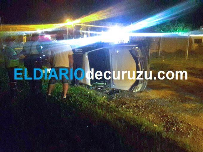 Volcó una camioneta y una persona resultó herida