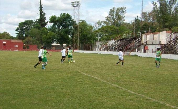 Este domingo comienza el campeonato de fútbol Femenino