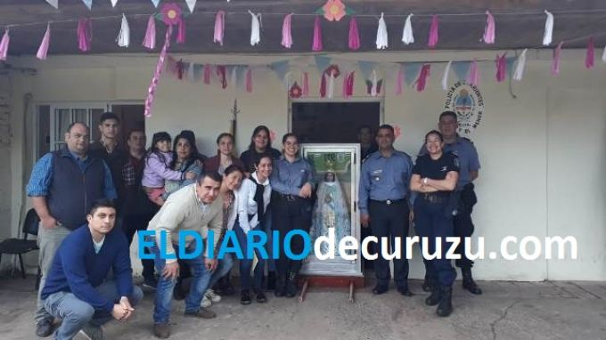 """La Generala de la Policía """"Virgen de Itatí"""" visita la Comisaría de la Mujer y el Menor"""
