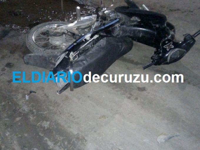 Mujeres cayeron de una motocicleta, fueron hospitalizadas