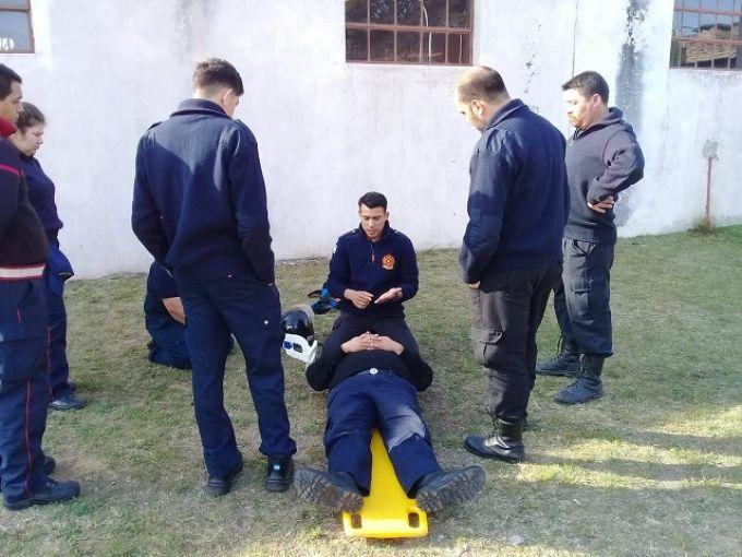 Bomberos Voluntarios participaron del Taller de Socorrismo 1