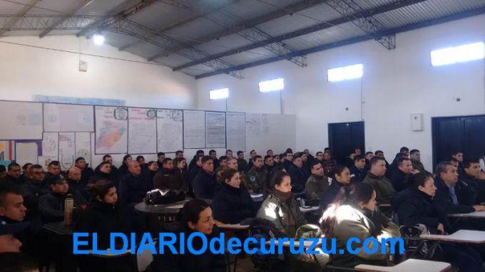 """Se realizó un curso de capacitación en """"Arma y Tiro"""" para policías en término de ascenso"""
