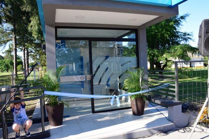 Se inauguró formalmente un nuevo cajero automático del Banco Nación