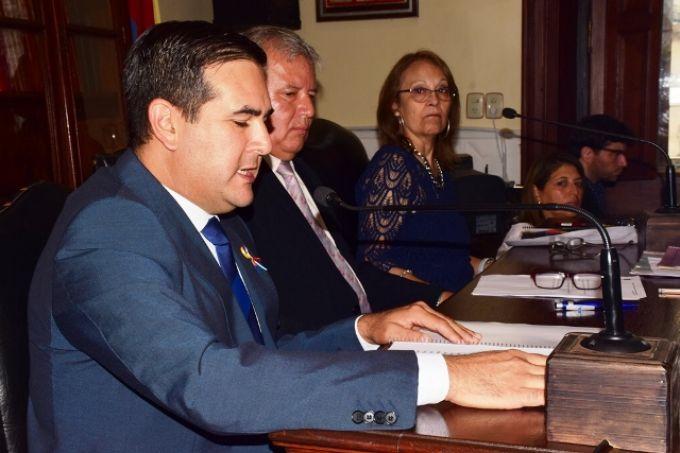 Irigoyen inauguró el período de sesiones ordinarias del HCD