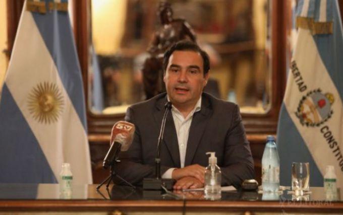Corrientes habilitará reuniones, bares y gimnasios y endurecerá controles de fronteras