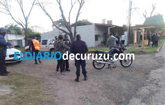 Una motocicleta derrapó sobre calle Isabel la Católica