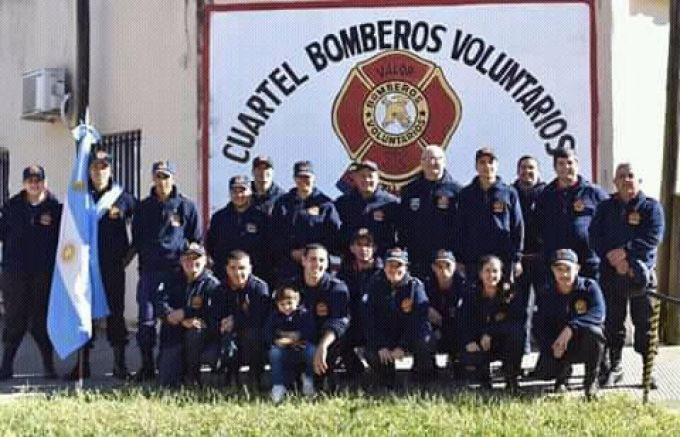 La Dra. Belén Blanco extendió el saludo a todo el Cuerpo de Bomberos Voluntarios