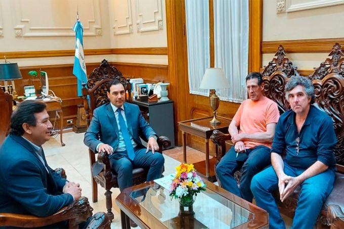 Valdés recibió a empresa modelo del sector solidario